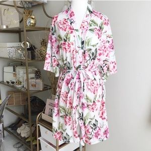Show me your mumu pink and white floral robe